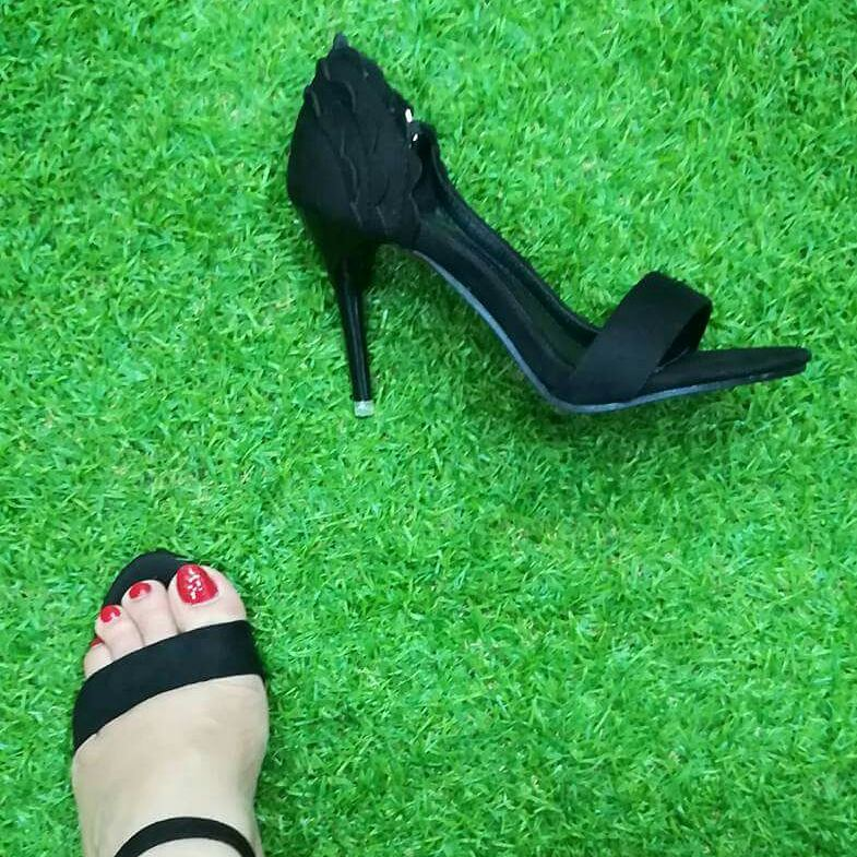 candy black heel